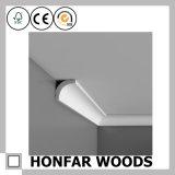 Moulage européen de tête de corniche en bois solide de qualité