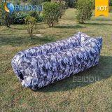 カムフラージュのキャンプの空気ソファーベッドのお手玉のLaybagの不精な豆袋