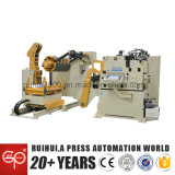 De Gelijkrichter van de automatisering met Voeder en Gebruik Uncoiler in De Lijn van de Werktuigmachine en van de Pers