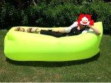 Assentar o tipo saco de sono Laybag nadador de acampamento de viagem inflável da banana do sofá do ar do saco de feijão