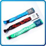 Bracelet d'IDENTIFICATION RF tissé par polyester promotionnel de cadeau d'usager à l'heure utilisé