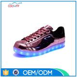 Ботинки света USB женщин поручая проблескивая, изготовление тапок СИД светлое