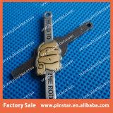Divisa de encargo del Pin de la solapa de la mano del aviador de calidad superior del asimiento