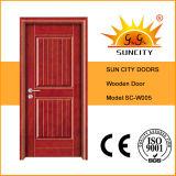 Dos puertas y entradas de madera del panel