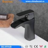 Beelee Bl0556 기름은 청동색 목욕탕 검정 물동이 꼭지를 문질렀다