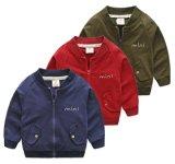 Пальто способа одежд детей ягнится куртка обмундирований мальчиков