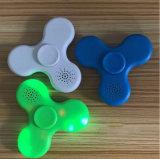 Mini altofalante plástico de Bluetooth do girador da inquietação com luz do diodo emissor de luz