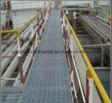 Reja galvanizada soldada suelo industrial del acero de la escalera de la plataforma