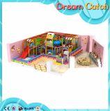 Campo da giuoco dell'interno di ginnastica di Playgroundr dei >Kids