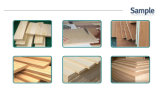 A tabela de deslizamento de madeira da estaca viu com lâmina de contabilização
