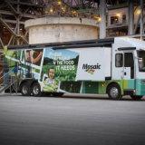 印刷される商業トラックおよび車の覆いのグラフィック・デザインのビニールの覆い