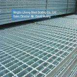 Calzada de acero galvanizada que ralla para el suelo del foso
