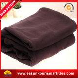 有機性刺繍された総括的で最もよいフランネルの羊毛毛布の赤ん坊毛布