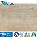 Plancher en bois de planche de vinyle de PVC de surface avec le modèle de cliquetis