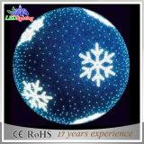 PVC花輪LEDのモチーフは巨大な雪片LEDのクリスマスの球をつける