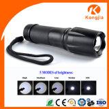 Lanterna elétrica recarregável da mão M16 do diodo emissor de luz de Zoomable da venda quente