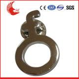 熱い販売カスタム亜鉛合金の金属によって刻まれるバッジ