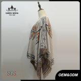 Chandail surdimensionné de poncho de collet de bateau de femmes