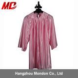 Protezione ed abito lucidi di graduazione dei bambini per il colore rosa di asilo