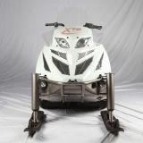 変速機CVT Efiのウィンチが付いている大人の雪のスクーター
