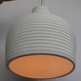 Lámpara pendiente redonda simple europea del vidrio de fibra para el hotel