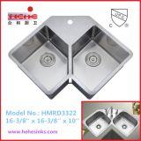 Il doppio dispersore Handmade della barra dell'acciaio inossidabile della ciotola di forma di v, Handcraft il dispersore di cucina (HMRD3322)