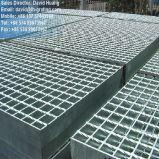 Llano o reja de acero galvanizada serrada para el suelo de la plataforma