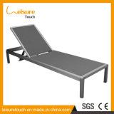 Silla de descanso de aluminio ajustable del salón de la playa de Sun del marco del gradiente de madera plástico