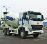 Concrete mixermachine in de vrachtwagen van de Mixer, de Vrachtwagen van de Concrete Mixer