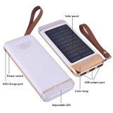 La batería solar 10000mAh de la potencia externa del cargador adelgaza al aire libre la batería con la lámpara 3USB del color LED