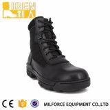 Ботинки черных горячих полиций типа воинские тактические