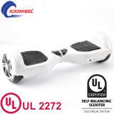 Patín eléctrico Hoverboard 6.5 de la pulgada dos de la rueda del equilibrio elegante del uno mismo con la aprobación UL2272