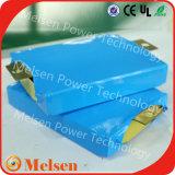 Pacchetto dorato 48V 3.6V 100ah 200ah 400ah 500ah 600ah 1000ah della batteria del litio LiFePO4 di potere per il sistema solare di energia eolica