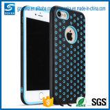 iPhone 7plusのための耐震性のプラスチック電話箱を冷却する網