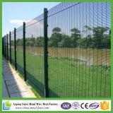 El panel al aire libre del jardín de la seguridad que cerca la cerca curvada del acoplamiento de alambre