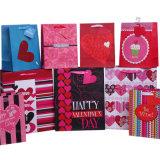 Bolsas de papel grandes del regalo del corazón para el día de tarjeta del día de San Valentín