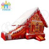 クリスマスの主題の膨脹可能なお菓子の家の警備員のスライド