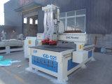 3D que cinzela a madeira que cinzela a máquina do CNC do projeto da porta