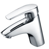 Il rubinetto moderno del dispersore della stanza da bagno, sceglie il rubinetto del bacino della maniglia con l'ottone del colpetto di acqua