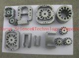 Maquinaria que carimba as peças de metal componentes da ferragem do metal