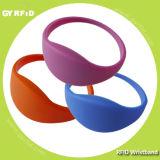 ISO14443A NFC MIFARE 1k, pulsera ultraligera de la venda de muñeca del silicio 4k Ntag213