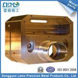 黄銅(LM-0604B)から成っているOEM CNCの機械化の部品