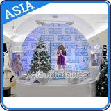 Globo umano gonfiabile gigante della neve con la pubblicità della priorità bassa