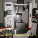 Machine de commande numérique par ordinateur à l'insertion de fil de produit