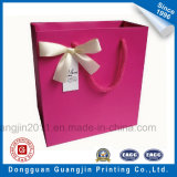 El papel impreso en color rosado de lujo bolsa de regalo para compras