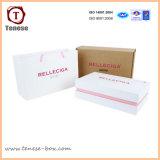 Boîte-cadeau de empaquetage rectangulaire de mode avec le logo contrecarrant
