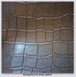 ハンド・バッグ、ソファー、Furnitureaのためのワニによって浮彫りにされるPVC総合的な革