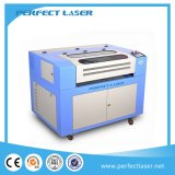 Heißes Verkaufs-Doppelt-Kopf-Gewebe-führender Laser-Selbstausschnitt und Gravierfräsmaschine 13090
