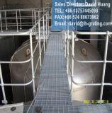 Горячий DIP гальванизировал стальной Grating Fabricator, гальванизированный Grating стан