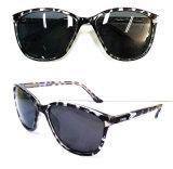 Gafas de sol plásticas de la manera del diseñador a estrenar para las mujeres/señora (DP1227YZ)